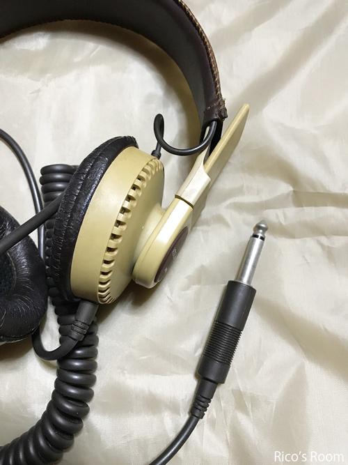 R ヘッドフォン×接点復活剤で、エレクトーン練習の巻♪