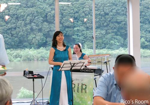 R『立川 山銀会ビアパーティ2016』白糸の滝ドライブインにルリアールで出演させていただきました♪