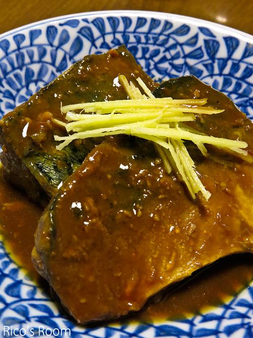 R『Ricoママ食堂』特製牛丼&さばの味噌煮