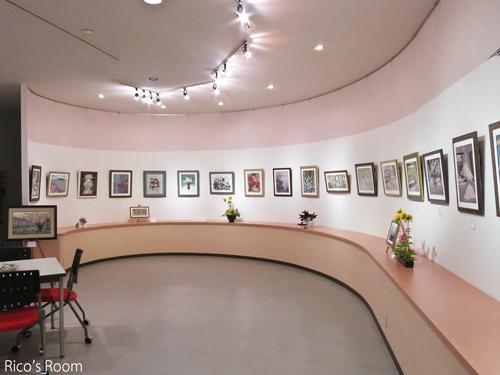 R 押し花で描く『巻紙コラボ×世界遺産』展2015/仲間たち作品展開催中