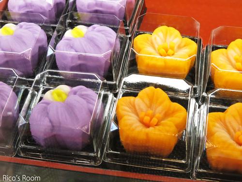 R 東根菓子舗さんで、6月の和菓子いろいろ