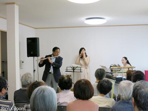 R『燕沢復興公営住宅/集会所(仙台市宮城野区)』にて、『ルリアール/心の癒しのコンサート』♪