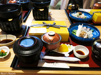 R 衣装製作の啓子先生とRicoママへ『献上点心ランチ/日本料理 村上』を献上しました♪