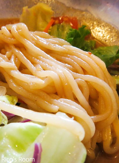 R ダイエット中に嬉しい新メニュー!『糖質0麺/冷やしサラダタンタン麺』byガスト
