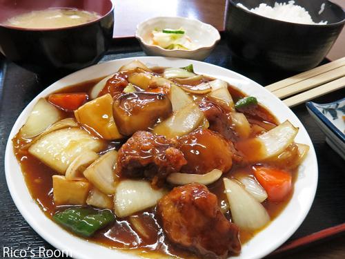 R 新年初外食!中華飯店『紅蘭』酢豚・唐揚・マーボー豆腐定食
