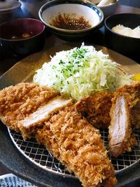 R  平田牧場『とんや』にて、「金華豚ロース&ヒレ 合い盛り膳」ランチの巻♪