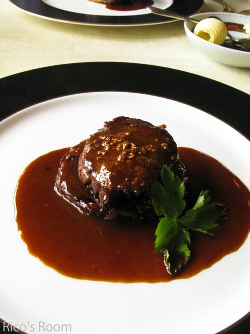 鶴岡・武野道夫の料理『とらんすぱらん』にて母親孝行ランチ