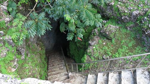 R2013.3旅行記7『沖縄首里城、ひめゆりの塔、山形の塔』