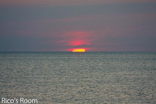 海鮮どんや『とびしま』と日本海に沈む夕日のベストショット!