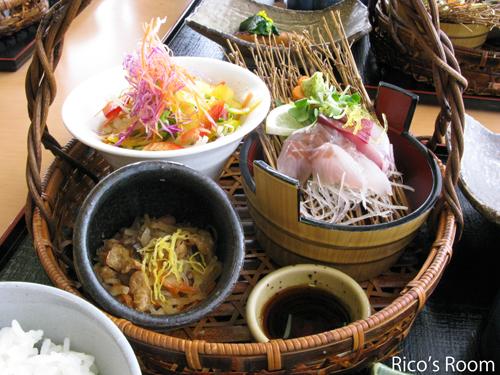 三川町『旬味 鼓や』花かご御膳で、ソーシャルランチの巻♪