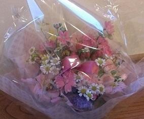 お姉さまからプレゼントのお花 ♡