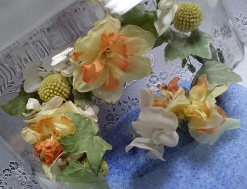 花冠のお花をそのままに