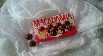 チョコレートと・・・。