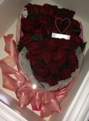赤いバラ25本