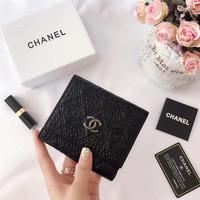 シャネル 三つ折り財布 大人気 財布 CHANEL ウォレット 小銭収納 カード数枚入れ