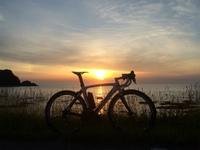 【夕日とロードバイク】日本海の絶景&My Bloom活動