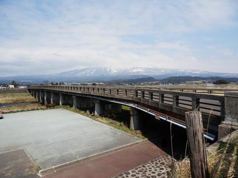 朝日橋(おくりびとロケ地)