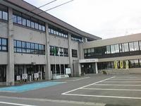 真室川町役場