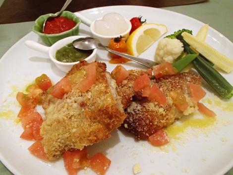 イタリアンレストラン アンジェロ・夕食プラン・よくばりディナー・米の娘ぶたのミラノ風カツレツ