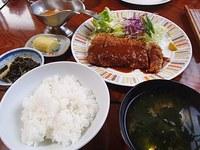 三五亭・ヒレカツ定食・カツカレー・オニオングラタンスープ 2018/01/10 08:08:18