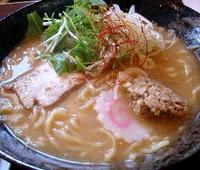 次は翡翠麺